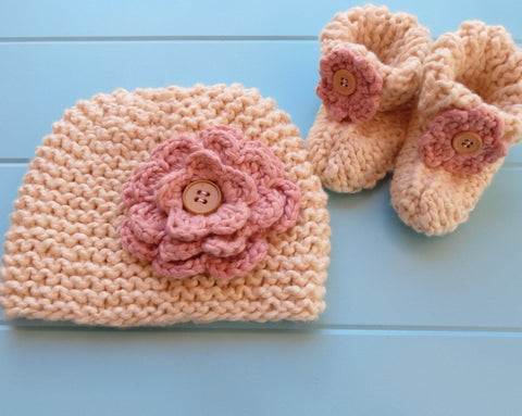 Almond/Rosie Pink Beanie & Booties Set