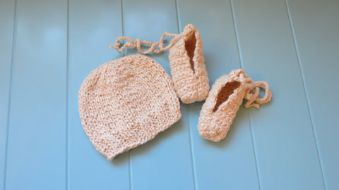 Almond Beanie & Slippers Gift Set