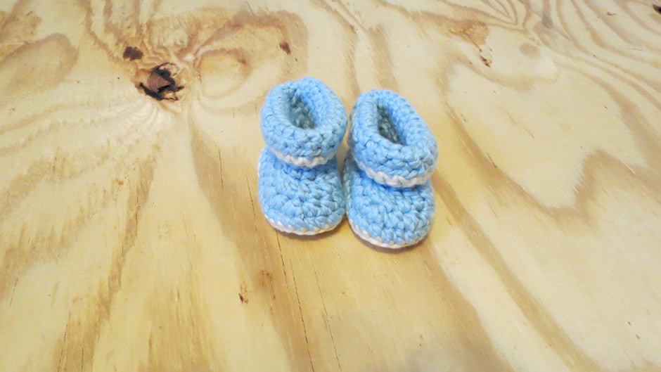 http://www.tukitukibaby.com/collections/booties