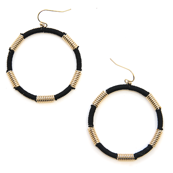 Contempo Black/Gold Earrings