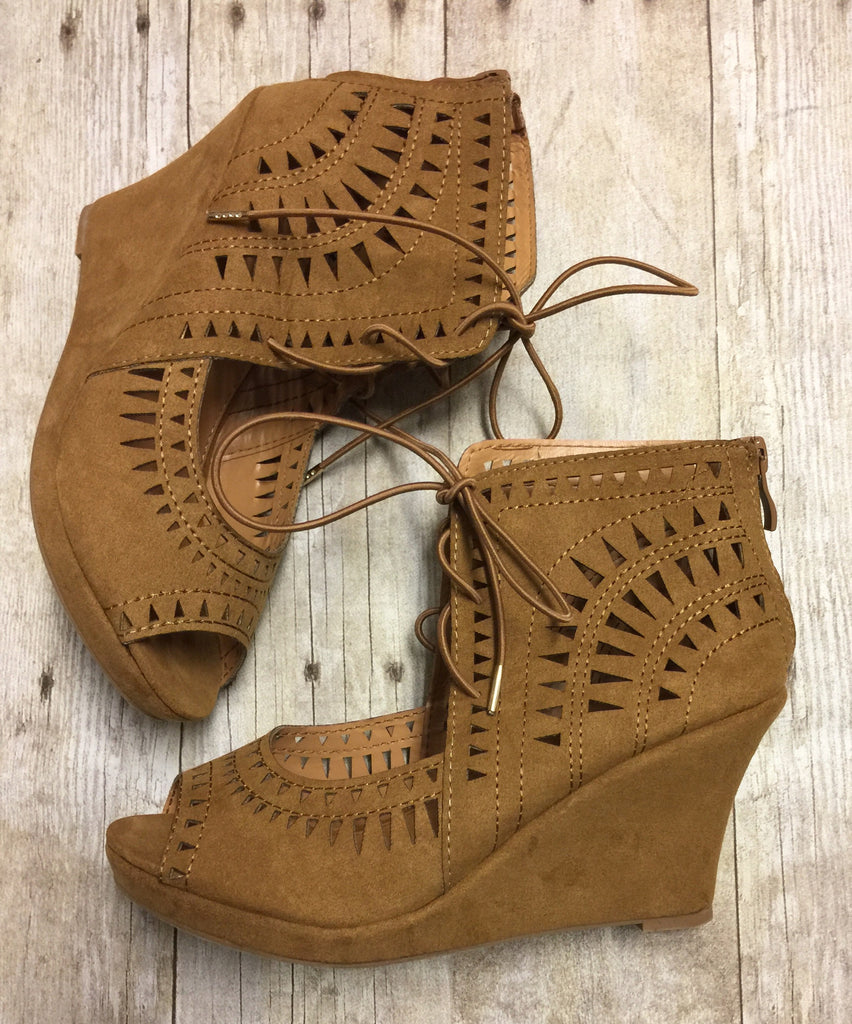 LALA Dark Tan Wedge
