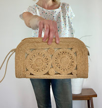 Load image into Gallery viewer, Vintage Woven Clutch