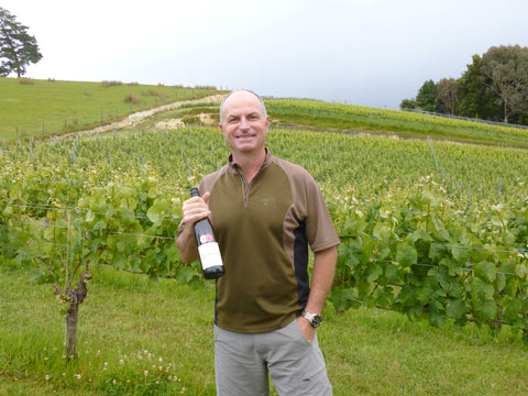 Winemaker Daniel Schwarzenbach with Trophy-winning Pinot Gris