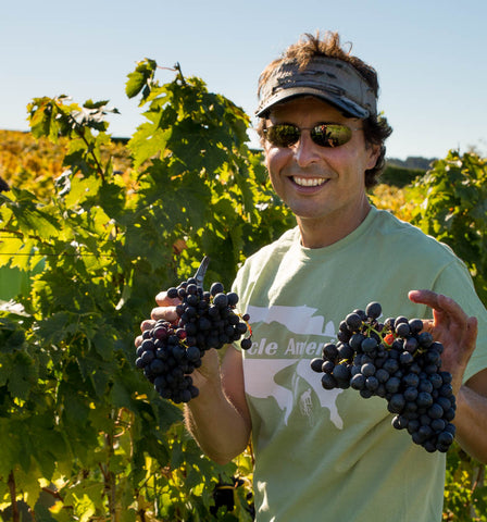 Our vineyard foreman Mauricio Lloreda
