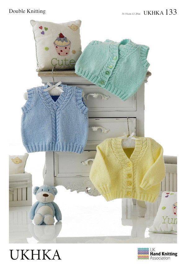 UKHKA 133 - Vest and Jumper for babies - DK / 8-ply