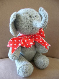 Knitting kit - Ernest the Elephant
