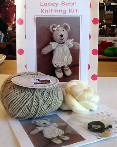 Knitting kit - Lacey Bear - Cream