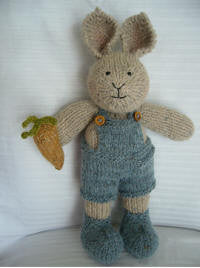 Knitting kit - Peter Rabbit