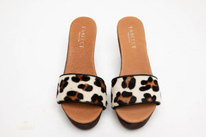 Load image into Gallery viewer, NICOLA ANIMAL PRINT CLOG