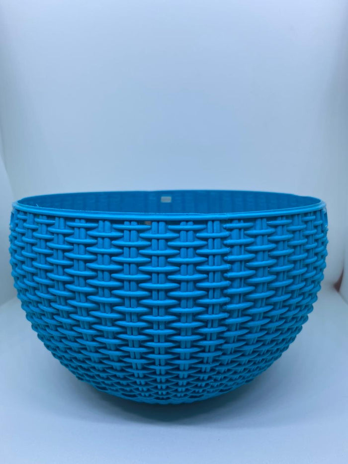 RATTAN HANGING POT WITH CHAIN