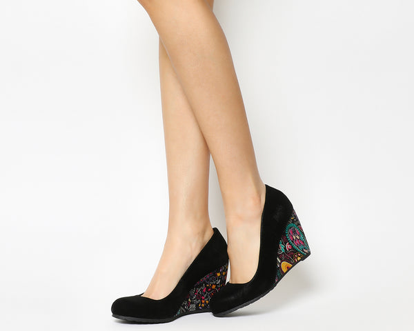 Womens Blowfish Iiii Wedge Black Fawn Black Gypsy Paisley