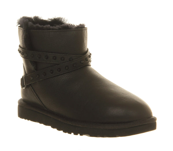Womens Ugg Emerson Short Boot Black Leather