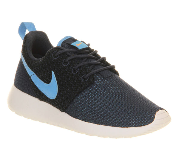 Boys Nike Roshe Run Gs Navy University Blue Trainers - Size 2