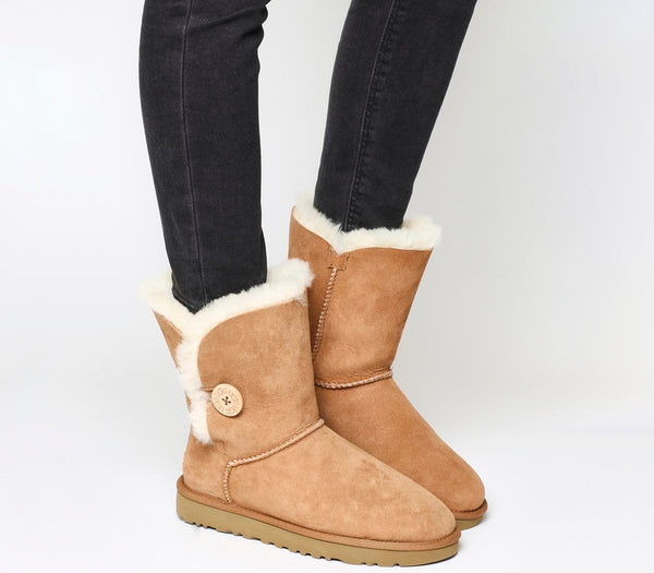 Womens Ugg Bailey Button Ii Boot Chestnut Suede Uk Size 3.5