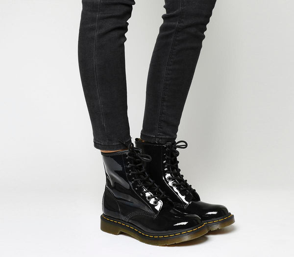 Womens Dr.Martens 8 Eyelet Lace Up Bt Black Patent Uk Size 8