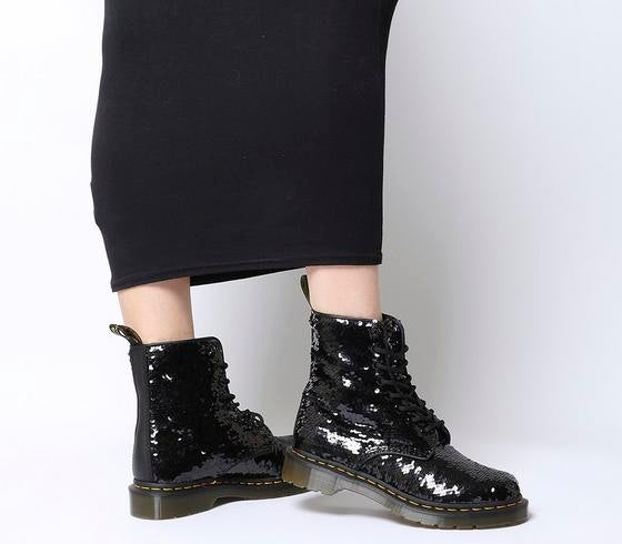Womens Dr.Martens 8 Eyelet Lace Up Bt Black Sequin