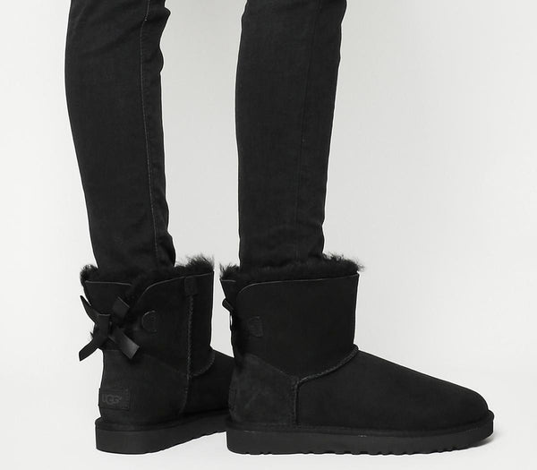 Womens Ugg Mini Bailey Bow Black Suede Uk Size 5.5