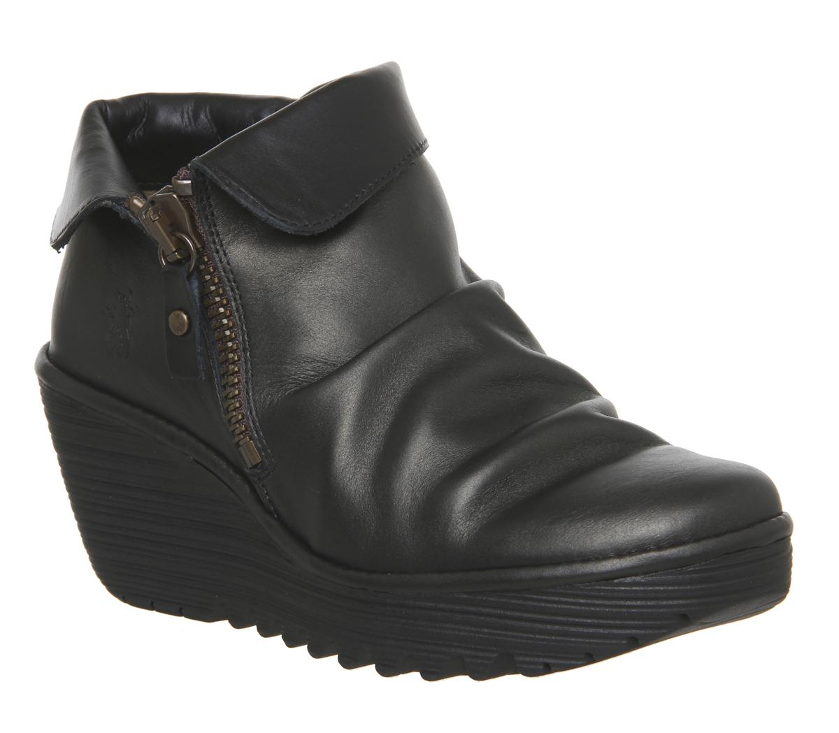 Womens Fly Yoxi Zip Bronze Black Leather