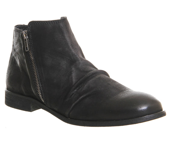 Mens Ask the Missus Blame Game Zip Boots Black Washed Leather