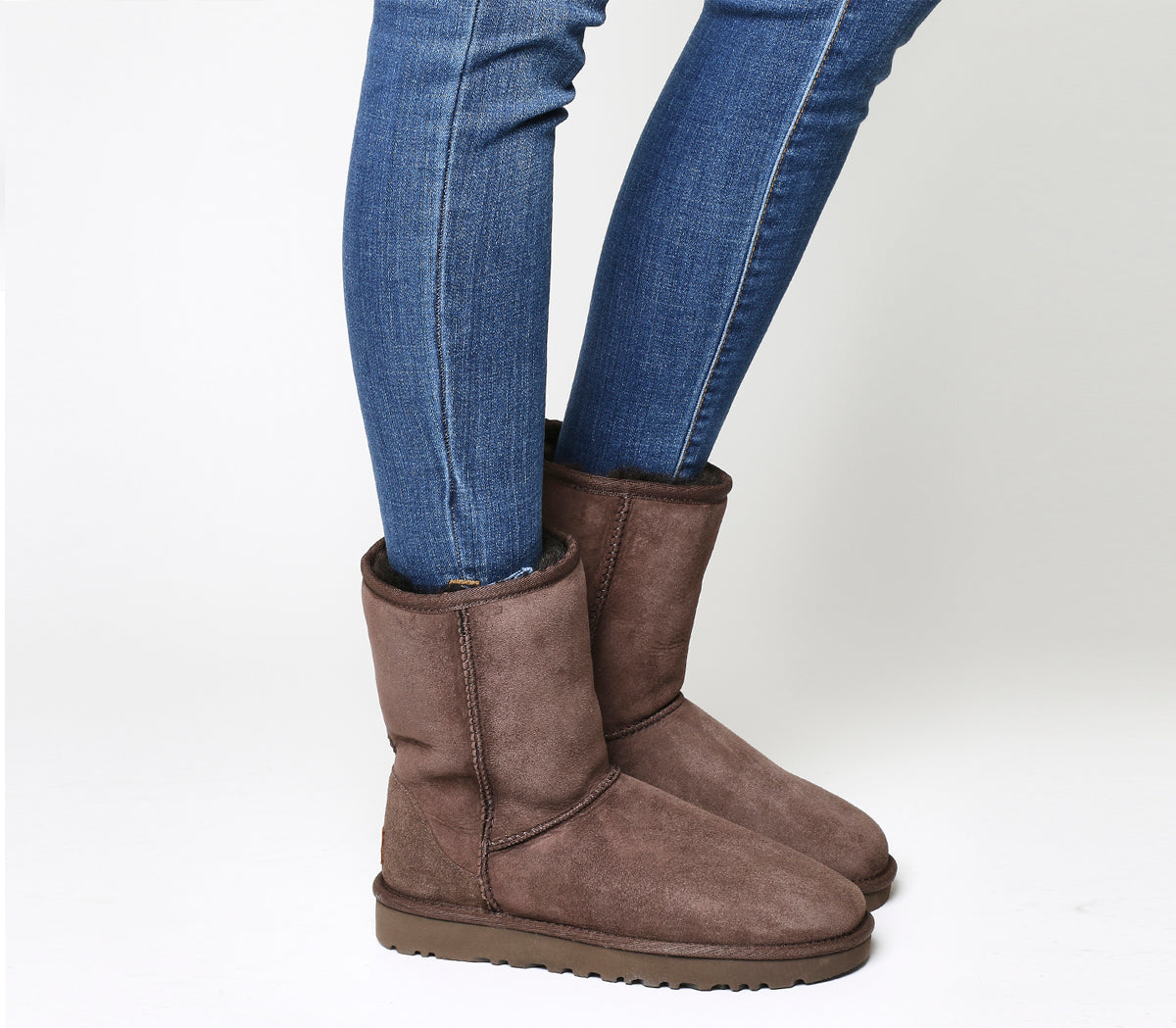 Womens Ugg Classic Short II Boots Chocolate Suede