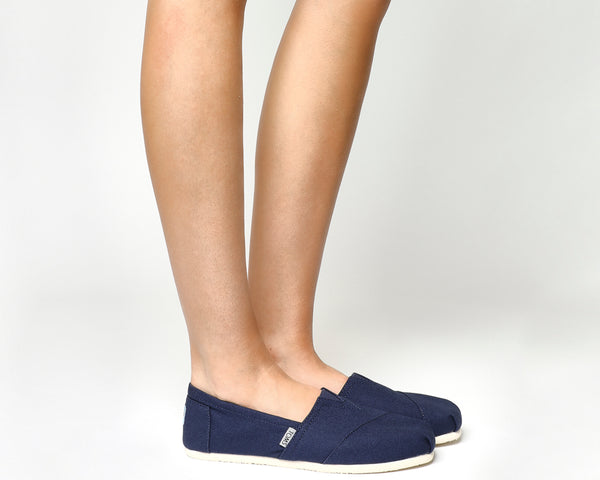 Womens Toms Classic Slip Ons Navy Canvas