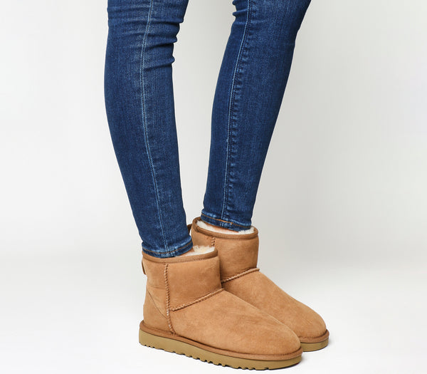 Womens Ugg Classic Mini II Chestnut Suede Boots