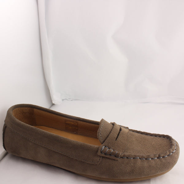 Womans Fins Serena Tan Suede Moccasin Flats UK Size 3