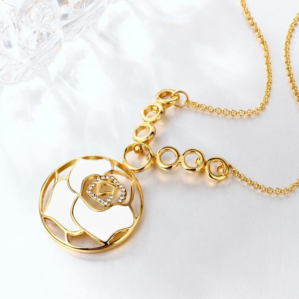 White Laser Cut Flower Flower Necklace in 18K Gold Plated