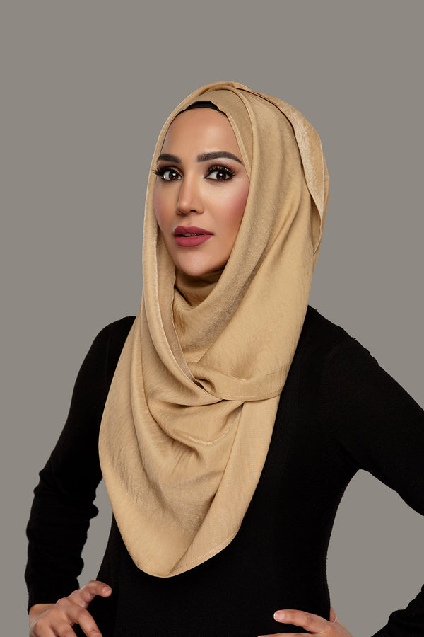 Dark Blonde - Glam Hoojab