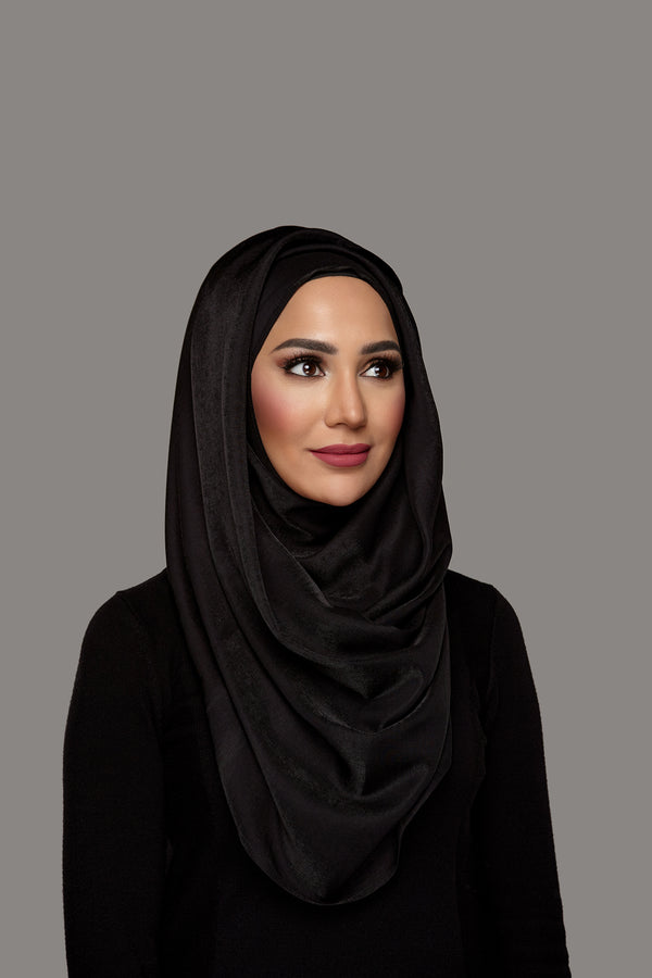 True Black - Glam Hoojab