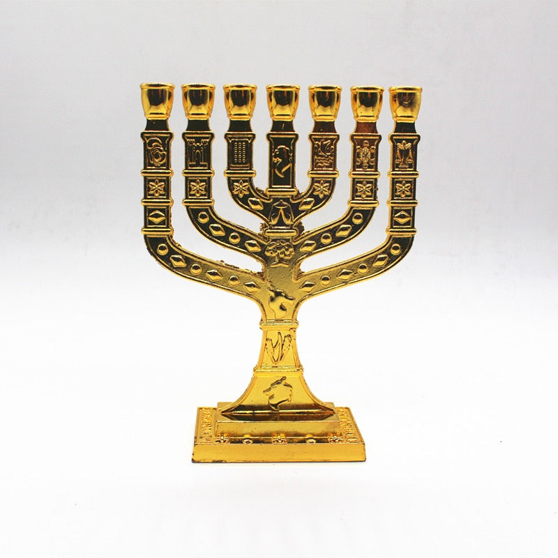 Chandelier juif (menorah)