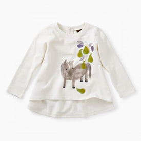 Tea Collection Pears and Pony Graphic Tee in  Chalk