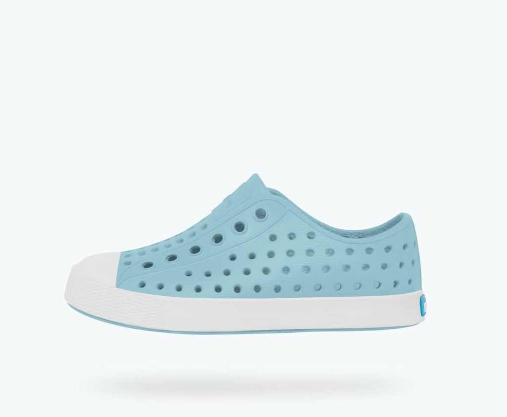 Native Shoes Jefferson Child in SKY BLUE / SHELL WHITE