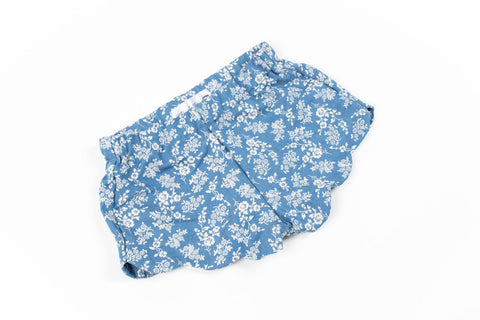 Hudson + Hobbs Floral Ruby Short in Denim/Whit Floral