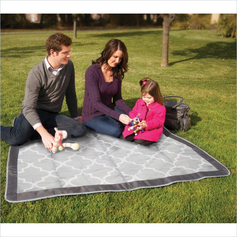 JJ Cole Outdoor Blanket in Stone Arbor