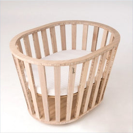 Guum Mini Crib in Bamboo