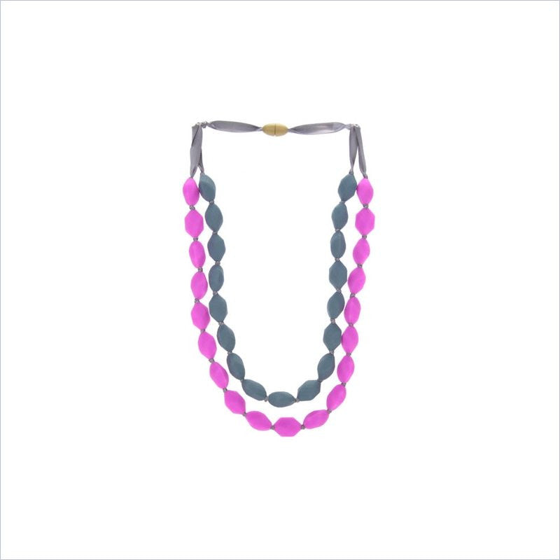 Chewbeads Astor Necklace in Fuchsia