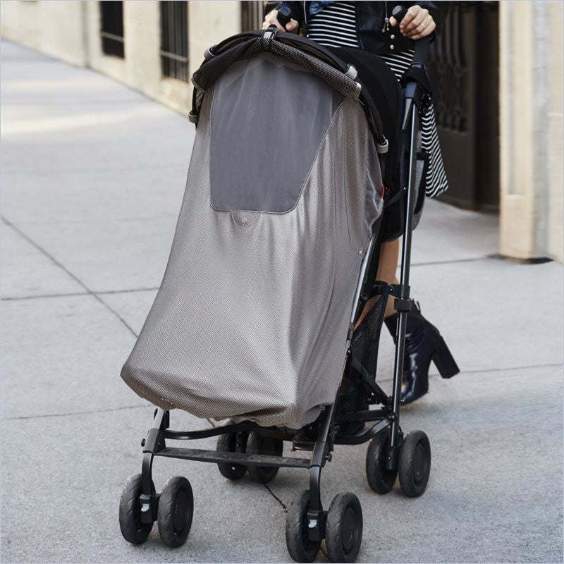 Skip Hop Stroll & Go Sun and Sleep Shade in Silver