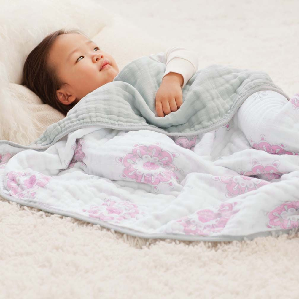 Aden + Anais Dream Blanket in For the Birds - Medallion