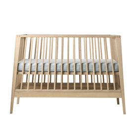 Tulip Leander Linea Crib (mattress sold separately)