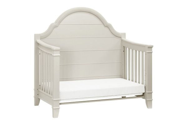 Million Dollar Baby Sullivan 4-IN-1 Convertible Crib