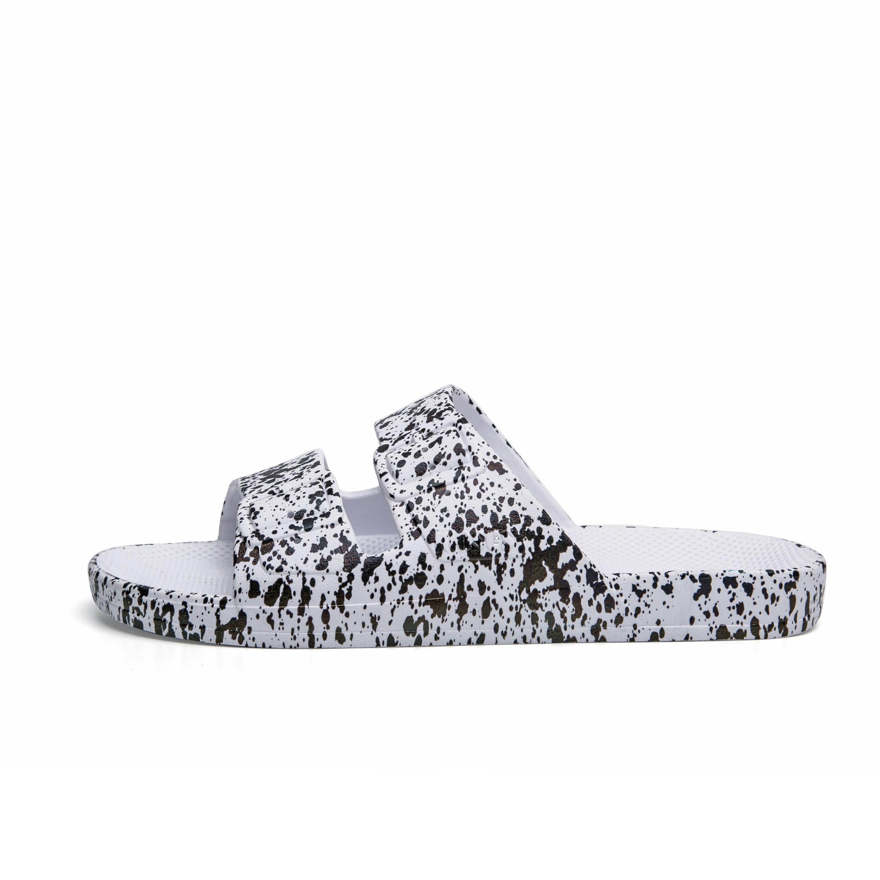 Freedom Moses Slippers in Splatter White