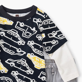 Tea Collection Layered Printed Tee in Taxi Traffic