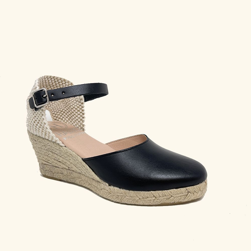 Load image into Gallery viewer, Jute Sandals Amorgos Black Leather