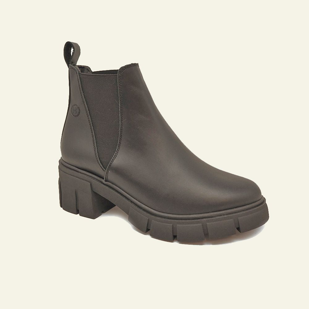 Load image into Gallery viewer, Chelsea Mississippi boot in black leather