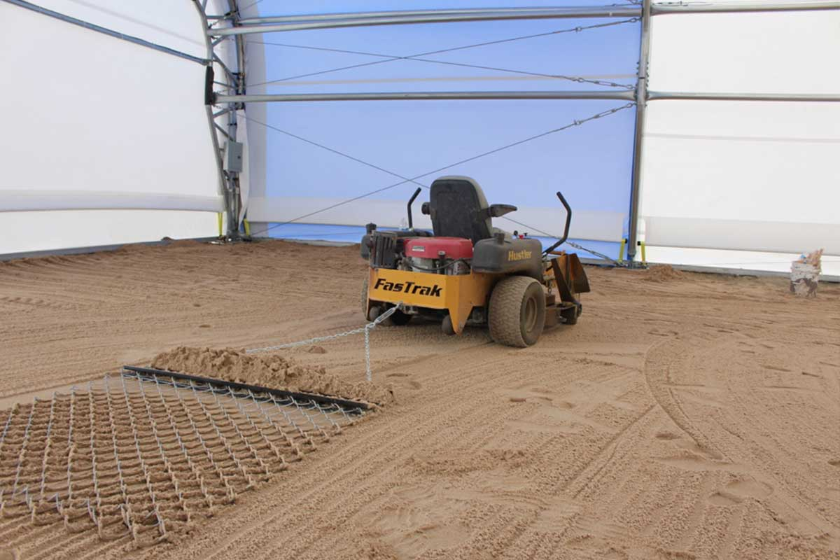 Rubber mulch horse arena footing