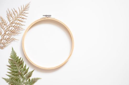 embroidery hoop frame for Christmas wreath