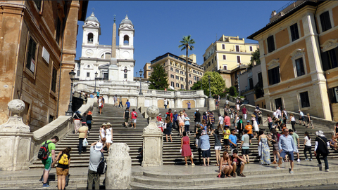 Walking the Spanish Steps in Rome, how to prevent blisters