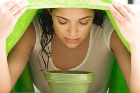 4 Natural Remedies for the Common Cold - Garlic, Apple Cider Vinegar, Eucalyptus Oil, Cinnamon