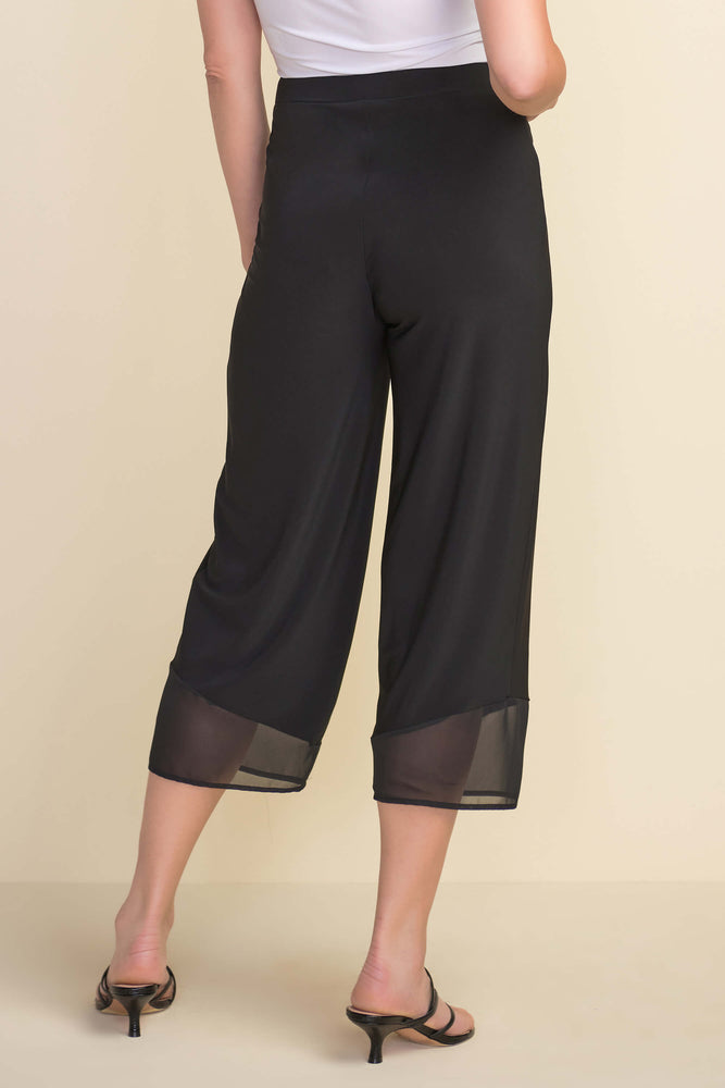 Load image into Gallery viewer, Black Wide Capri with Mesh Hem